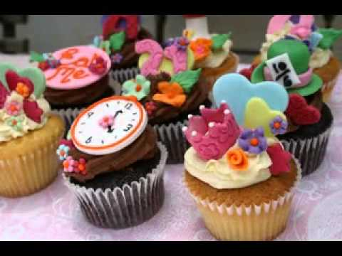 Easy Alice In Wonderland Cake Decorations