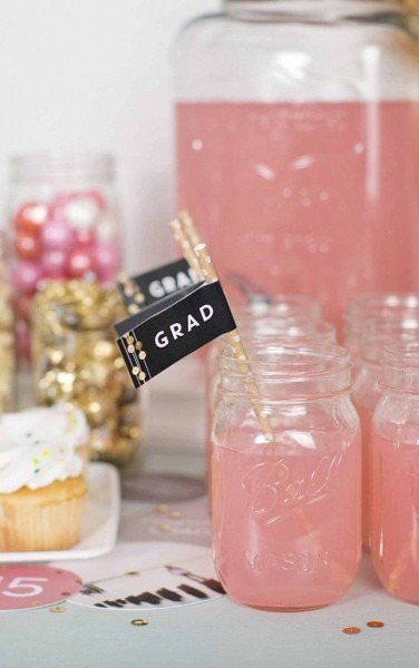 25 Graduation Party Ideas For A Night Your Grad Won't Forget