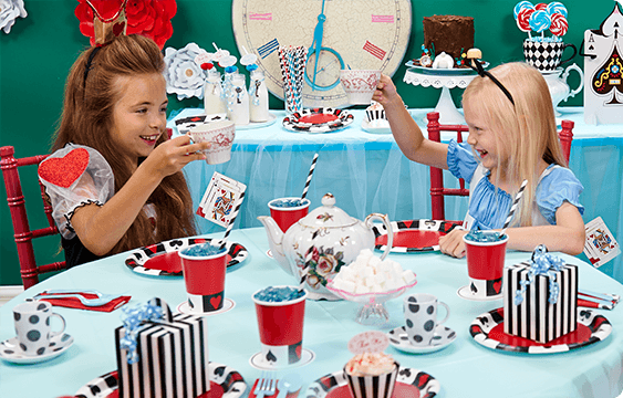 Alice In Wonderland Party Supplies Trend 2016