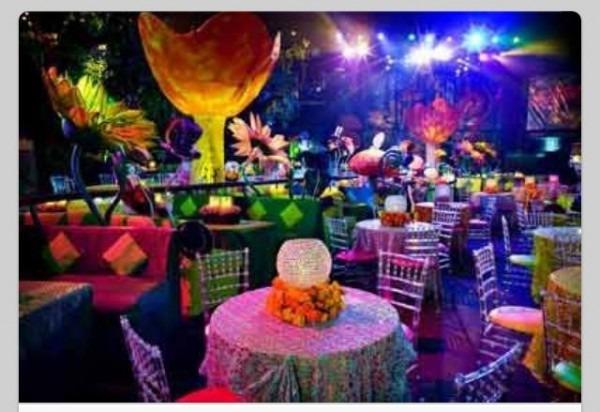 Alice In Wonderland Themed Prom