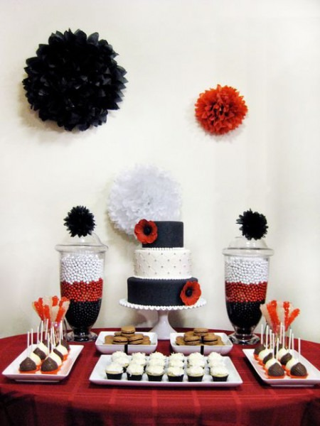 Decorate This!  Cute Black, Red, White Party Decor!