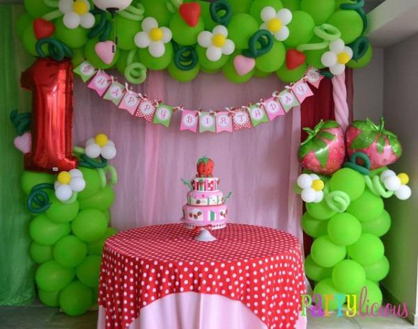 Vintage Strawberry Shortcake Birthday