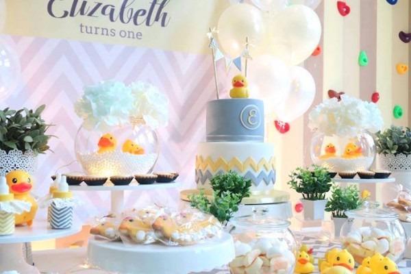 Kara's Party Ideas Rubber Duck Birthday Party