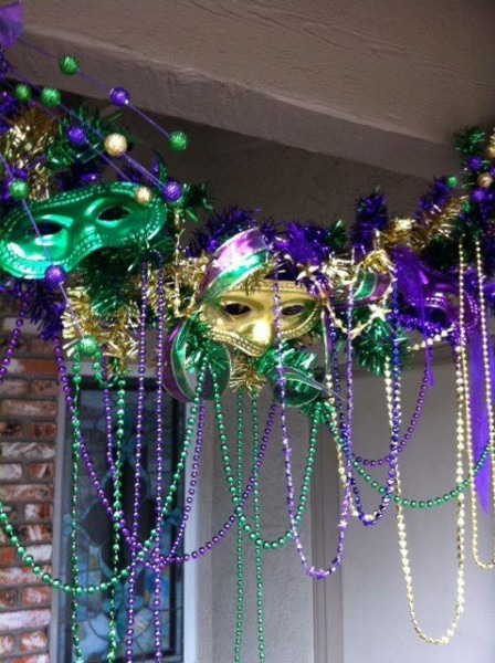 Mardi Gras Decor
