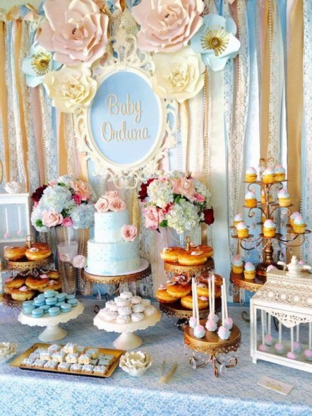 Don't Miss This Vintage Themed Baby Shower