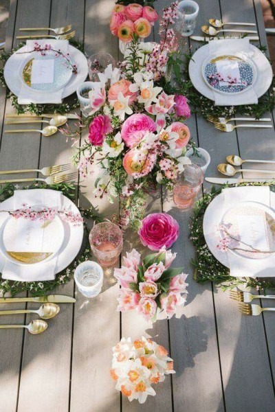 Floral Outdoor Tablescape With Gold Silverware