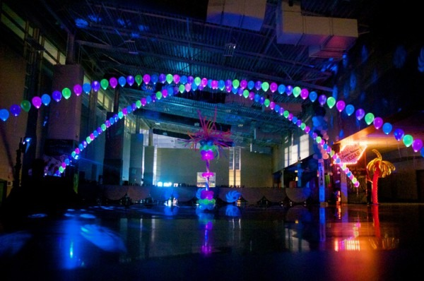 Amazing Glow In The Dark Party Decorations Ideas