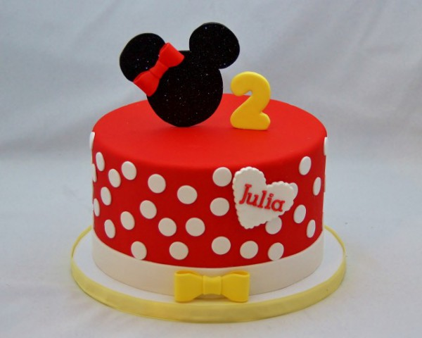Red & White Minnie Mouse Cake