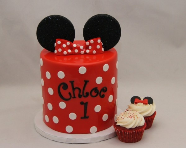 Red & White Minnie Mouse 1st Birthday Cake