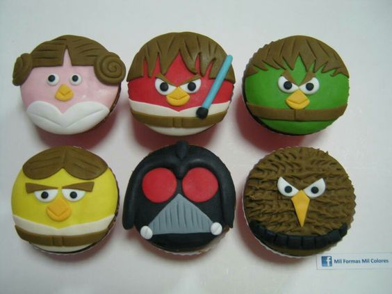 11 Star Wars Angry Birds Cupcakes Photo