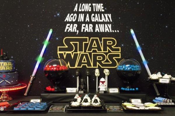 A Good Vs  Evil Star Wars Dessert Table